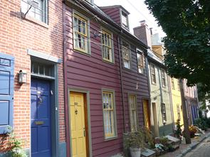 Hancock Street wooden row house. Image provided by Historical Society of Pennsylvania