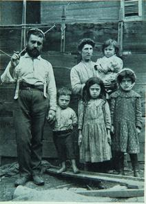Family at College Settlement. Image provided by Historical Society of Pennsylvania