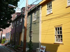 Hancock Street wooden row house. Image provided by Historical Society of Pennsylvania