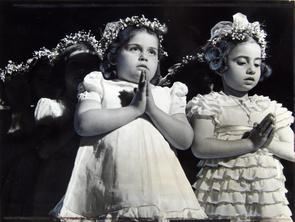 Devotional service at Church of St. Mary Magdalen de Pazzi. Image provided by Historical Society of Pennsylvania