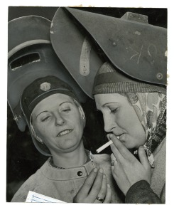 [Time out for two female Cramp's Shipyard employees]. Image provided by Historical Society of Pennsylvania