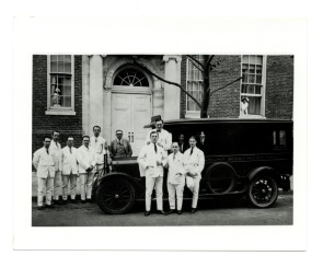 Doctors photographed in front of Mt. Sinai Hospital