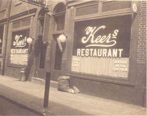 Keer's Restaurant during the 1920s.