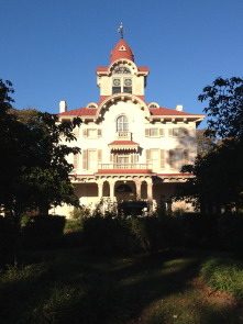 Front view Ryerss Mansion