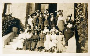 Lighthouse women and girls at Business Women's Club of Bryn Mawr. Image provided by Historical Society of Pennsylvania