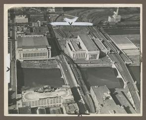 30th Street Station (on right)